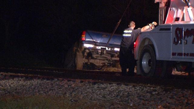 Broken Arrow Police Chase Ends On Railroad Tracks