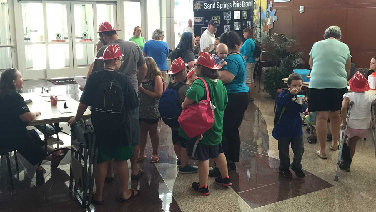 Students Get Back-To-School Help From Sand Springs Churches