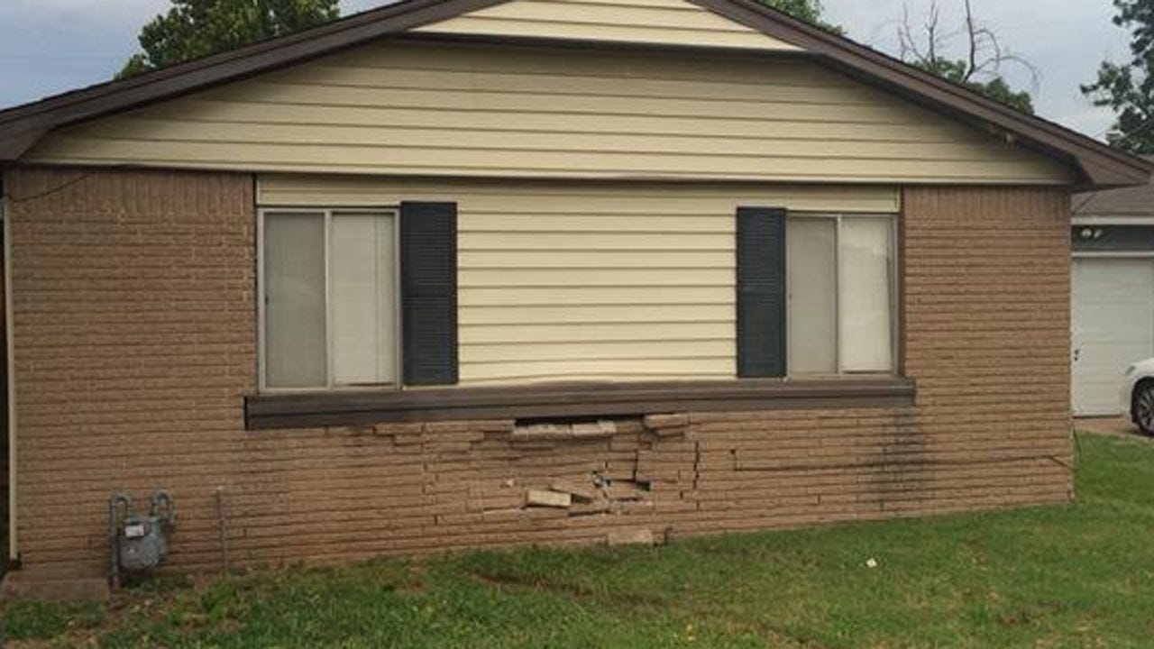 Car Hits Tulsa House, Driver And Passengers Run Away