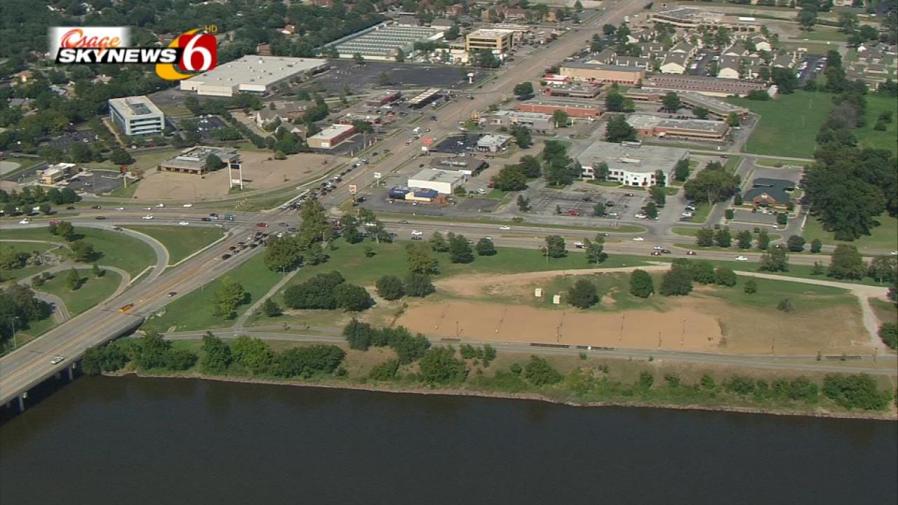 City Approves Contract To Develop Land Near Riverside