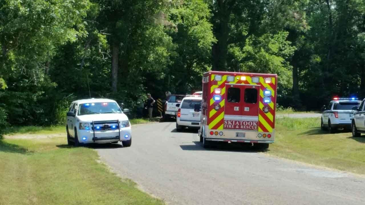 2 Missing After Sperry Pursuit Ends In Crash