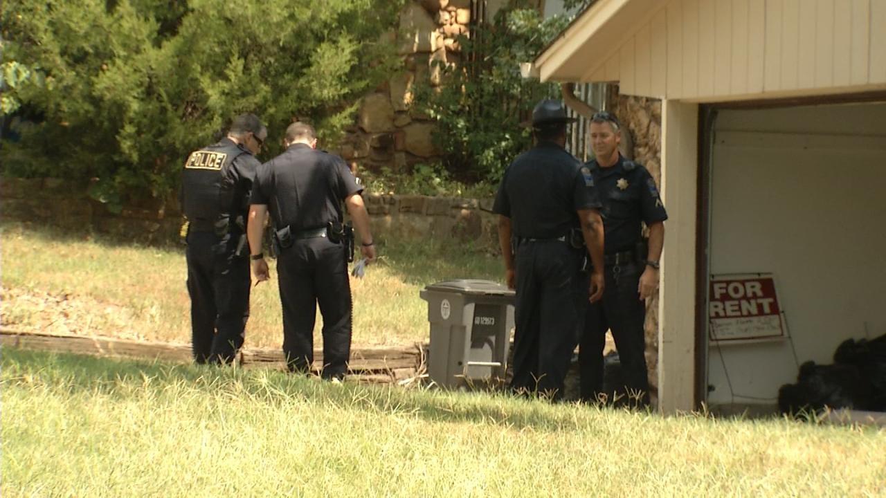 Boyfriend Fires Gun In Tulsa Family Dispute