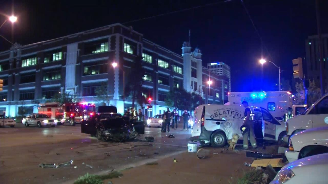 Pursuit Ends In Crash After Off-Duty Tulsa Officer Locates Stolen Car