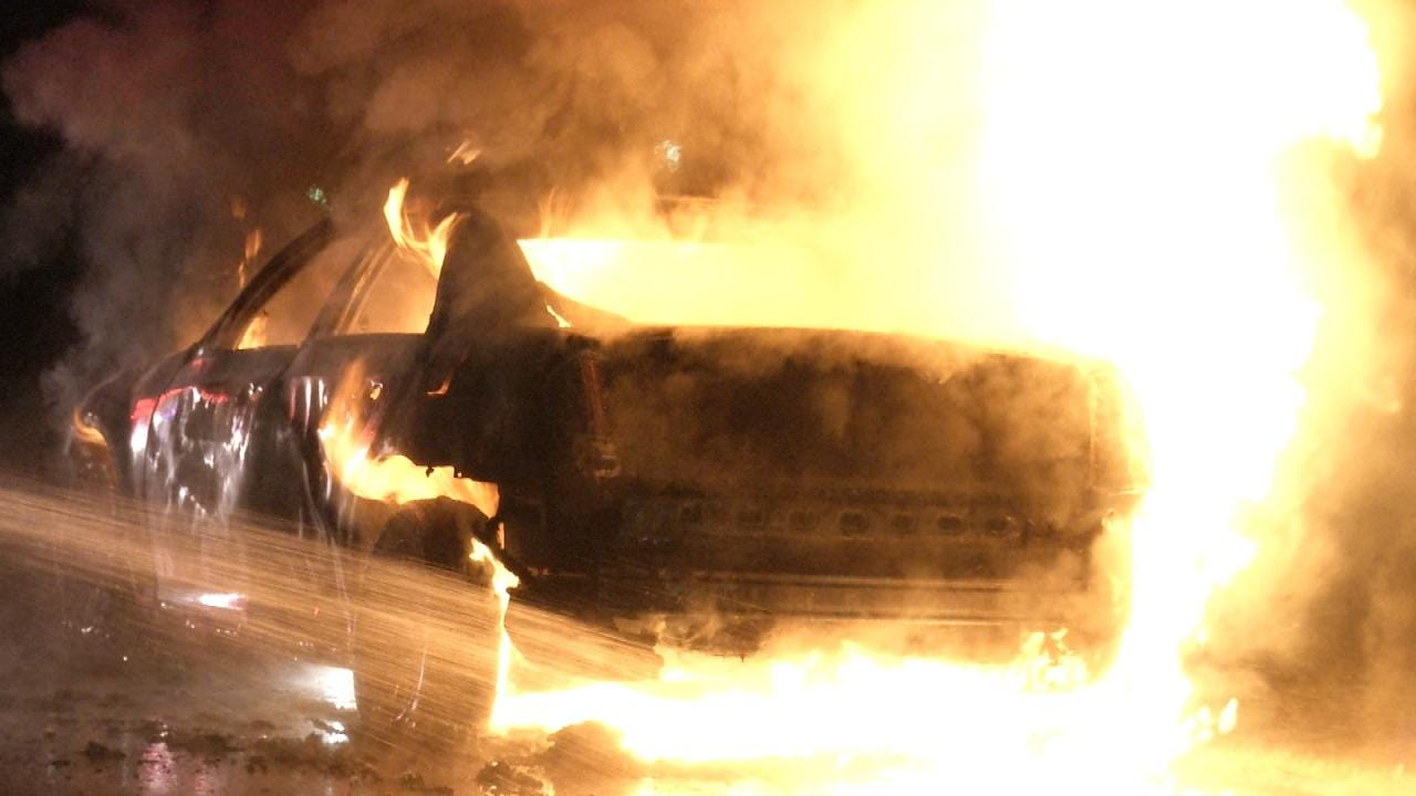 Two Men, One On Crutches, Escape Catoosa-Area Car Fire
