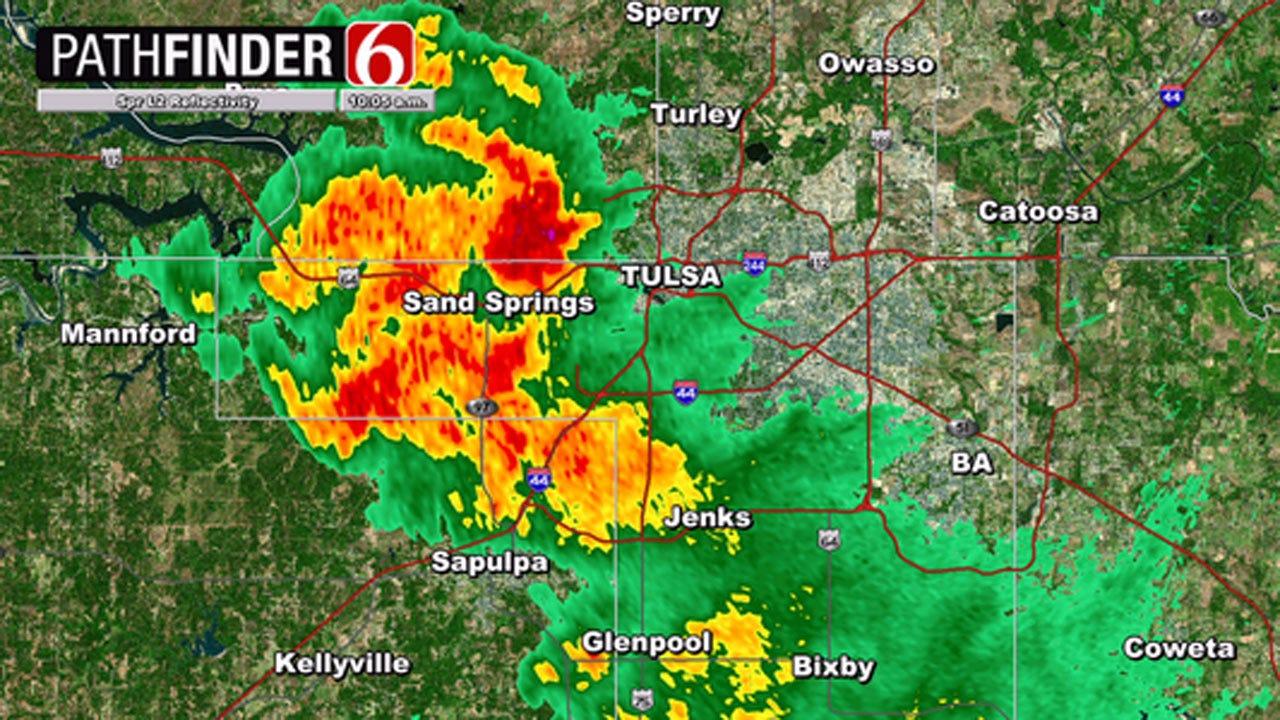 Showers And Thunder Move Across Northeast Oklahoma