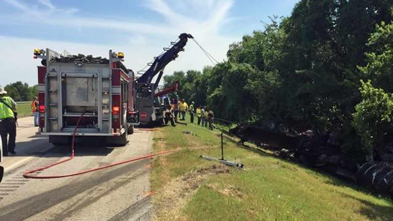 Wagoner Man Killed When Semi Rear Ends His Truck