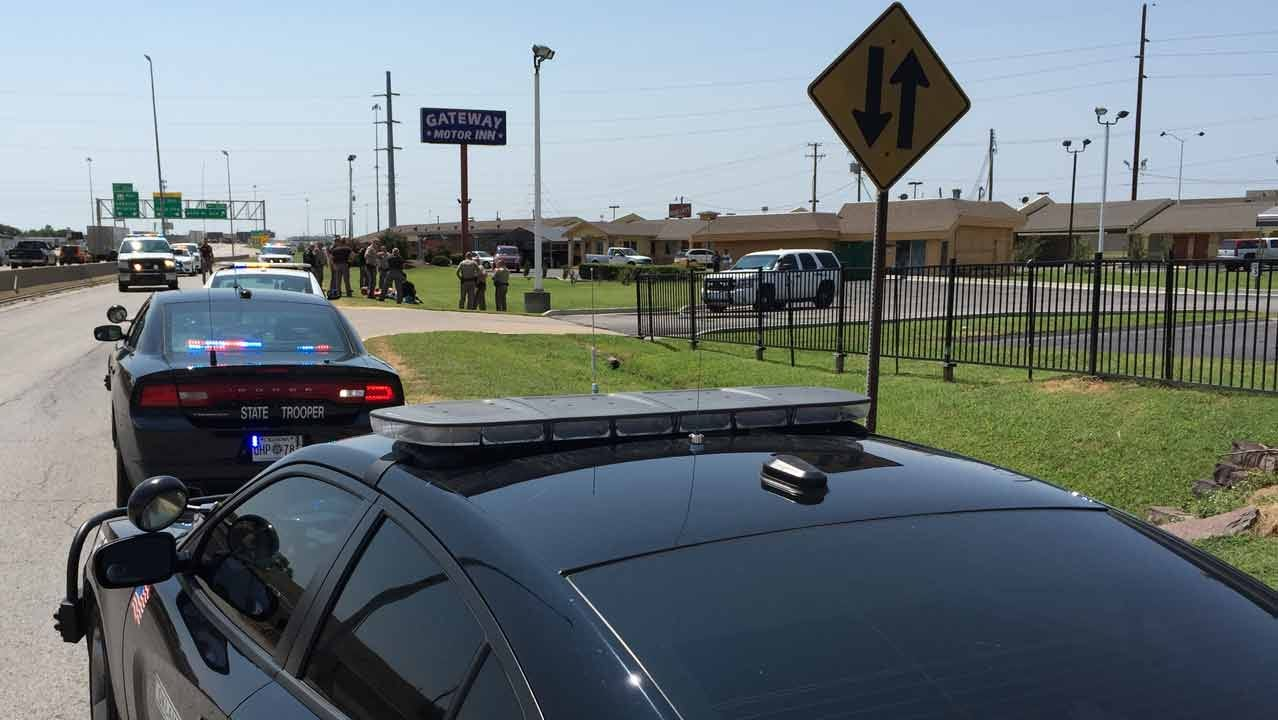 Officers Search For Suspect In Sapulpa Homicide