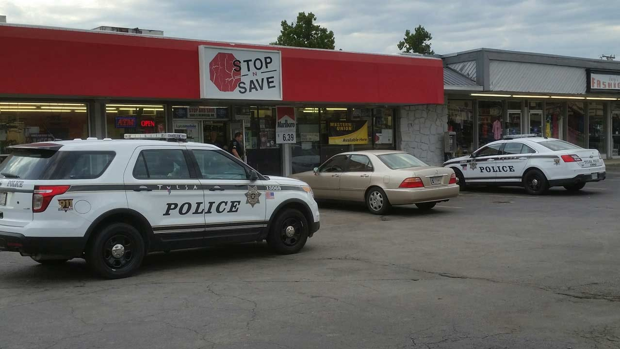 Man With Shotgun Robs Tulsa Stop N Save