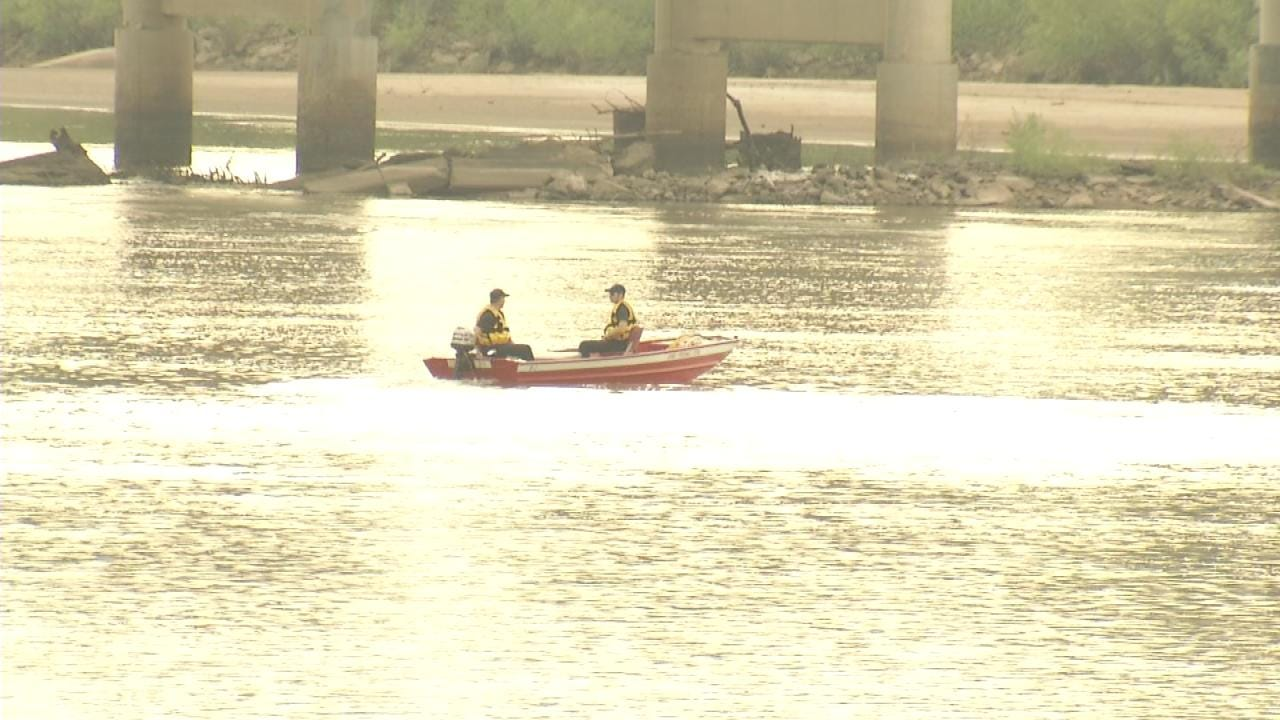 Search Resumes For Man Who Disappeared In Arkansas River