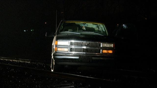 SUV Stuck On Tracks Delays Train Traffic In North Tulsa