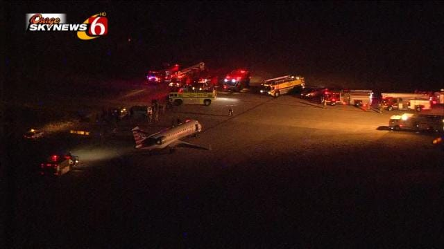 Passengers React After American Airlines Jet Makes Emergency Landing In Tulsa