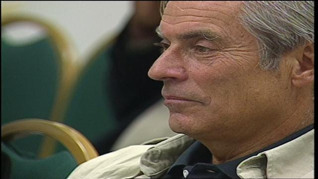 CBS '60 Minutes' Correspondent Bob Simon Dies In NYC Car Crash