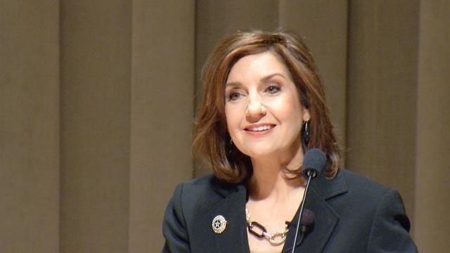 Oklahoma Superintendent Weighs In On Proposed AP History Bill