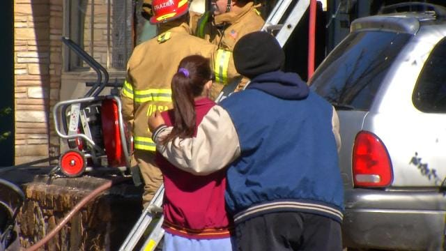 Neighbor Witnesses Rescue Efforts In Injury Tulsa House Fire