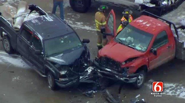 Five Vehicles Involved In Wreck In South Tulsa