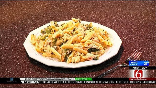 Healthy Chicken & Broccoli Alfredo
