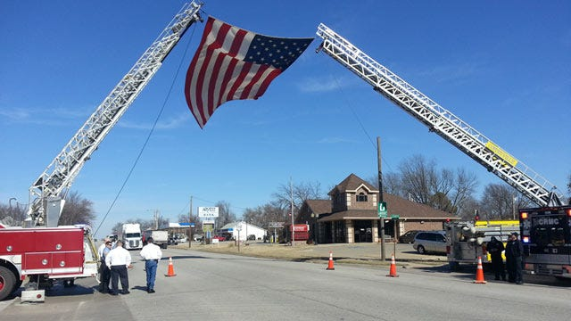 Funeral For Firefighter To Stop Traffic On Highway 75 At Kansas State Line