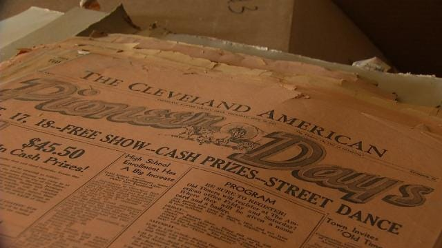 Despite Roof's Collapse, Cleveland's Newspaper Keeps Presses Hot