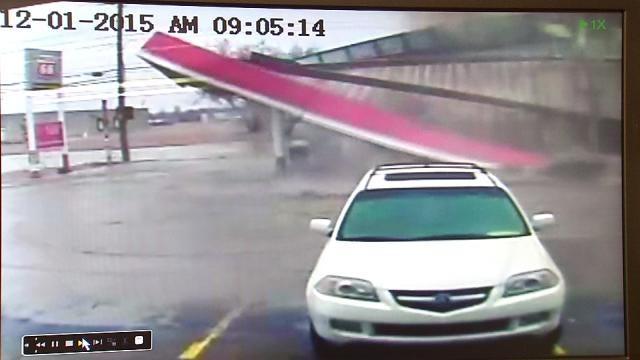 Water Main Break Tears Canopy Off Tulsa Gas Station