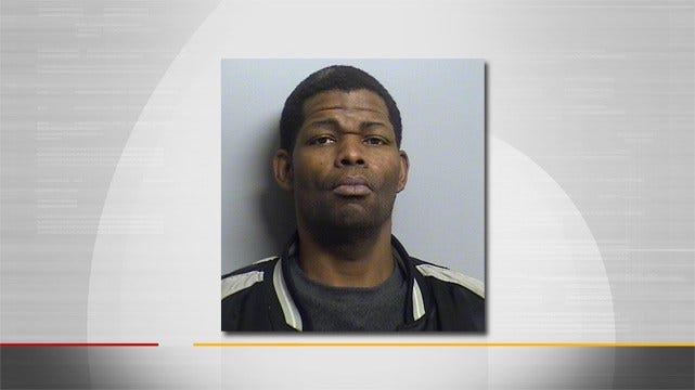 Tulsa Police: Man Throws Rubbing Alcohol At Employee Before Robbery