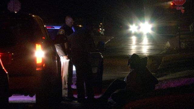 Tulsa Deputy Injured During Foot Chase, Fight With Driver