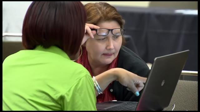 Oklahomans Search For Best Deal In Health Care Marketplace