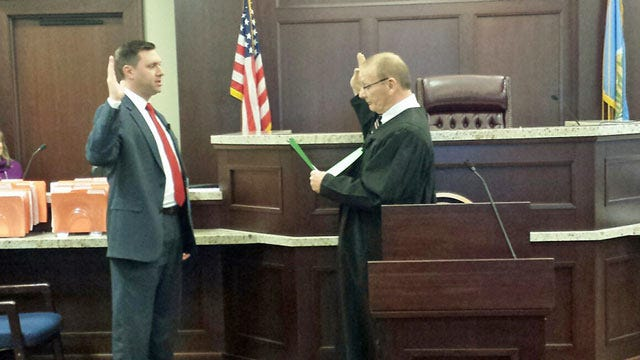 New Rogers County DA Takes Oath Of Office