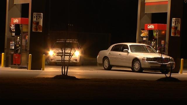 Tulsa Police Find Stolen Car Abandoned At Convenience Store