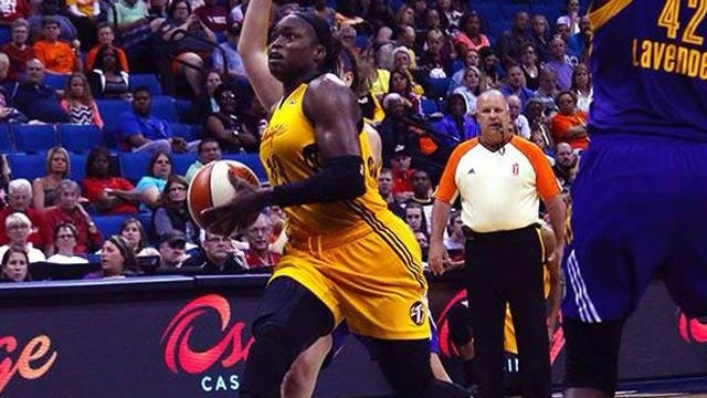 Christmas Scores Career-High 24, Leads Shock Past Sparks