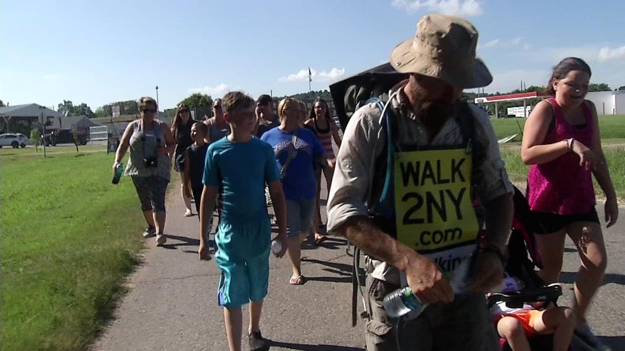 Henryetta Community Welcomes Hometown Hero Walking Across America
