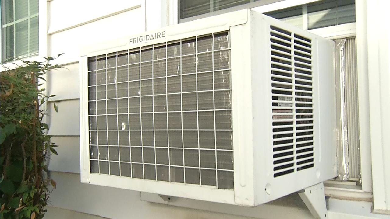 Tulsa Group Helps To Place Air Conditioners With Low-Income, Ill Residents