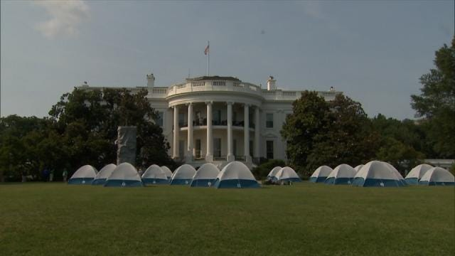 Oklahoma Girl Scouts Camp On Historic White House Lawn