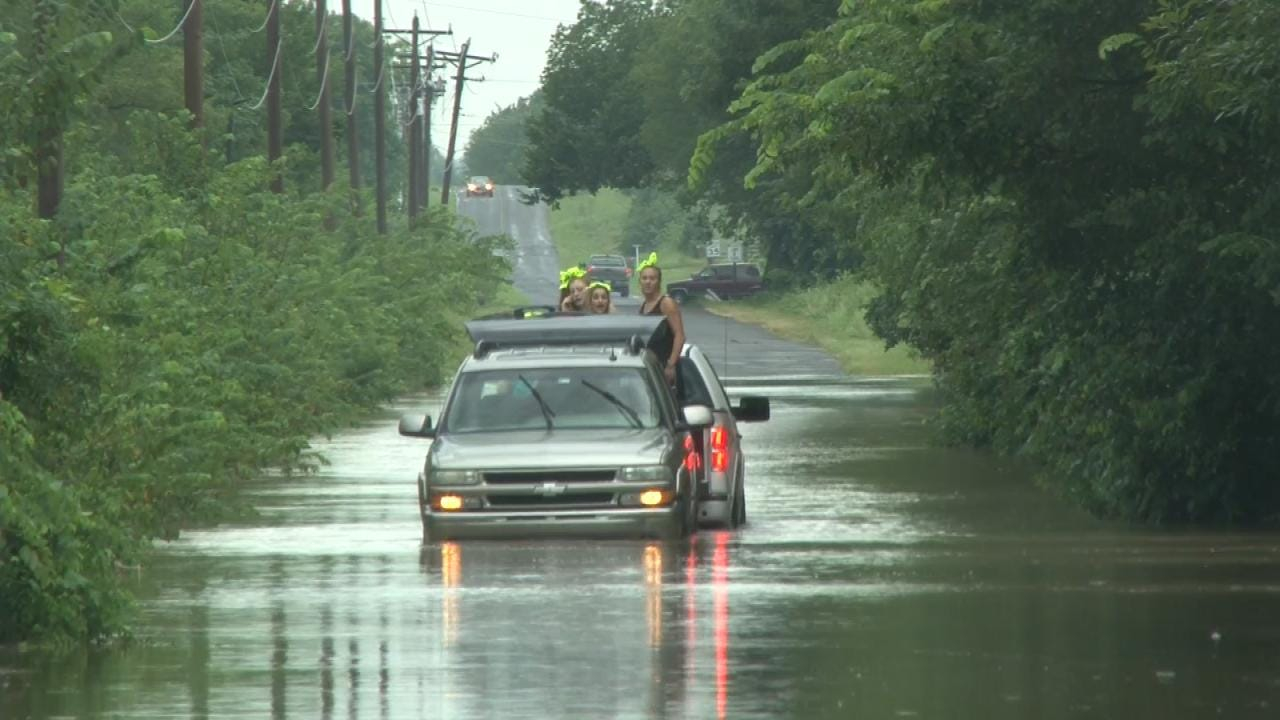 News On 6 Storm Tracker Catches Flood Rescue On Video