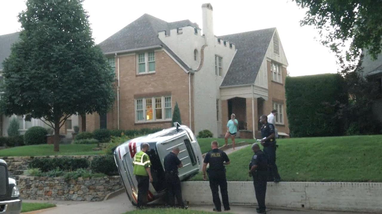 Burglars Wreck Victim's SUV In Her Driveway, Tulsa Police Say
