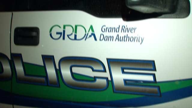Teenager Suffers Spinal Injury After Jumping From Grand Lake Bluff, GRDA Says