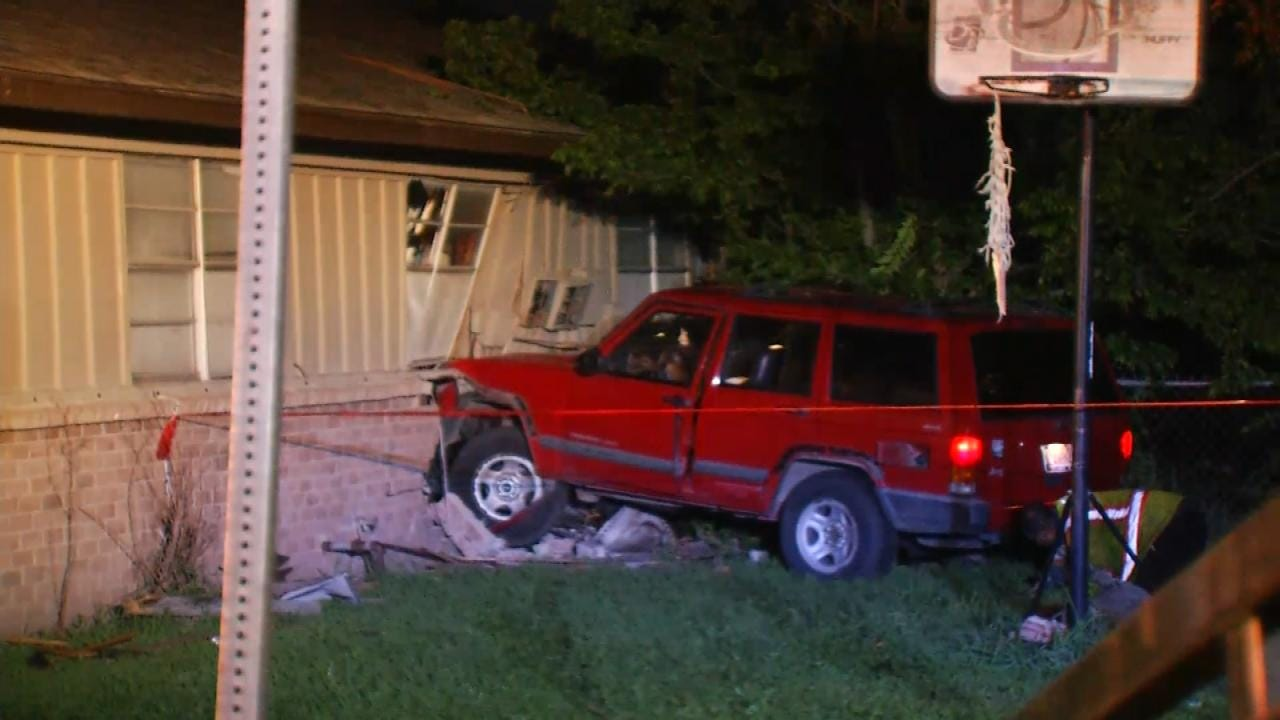 No One Injured When SUV Hits Tulsa Duplex