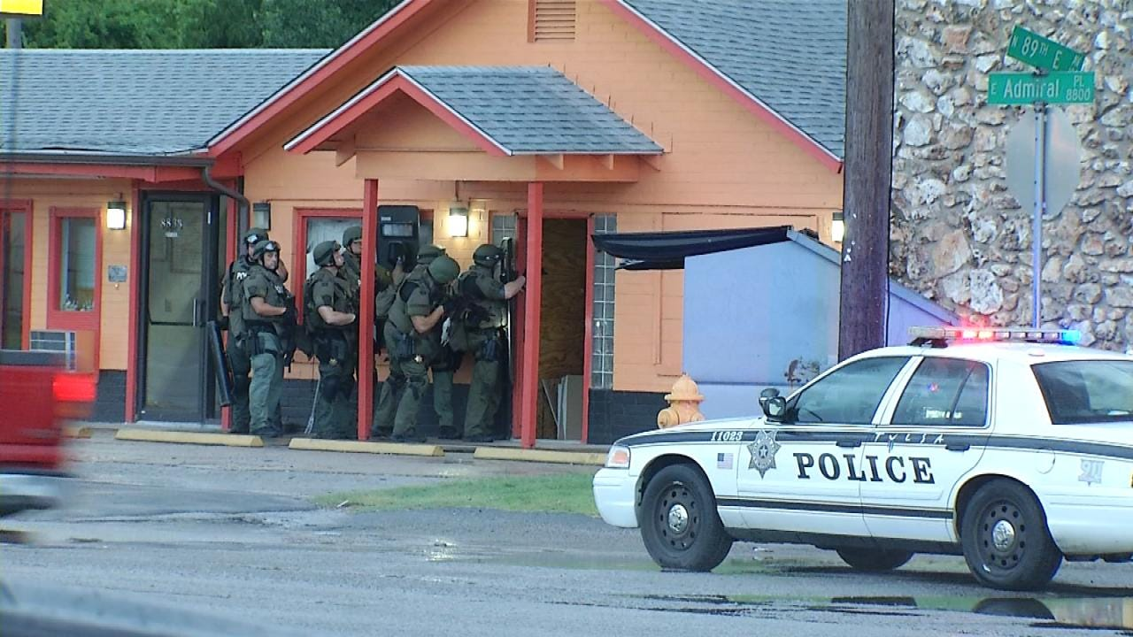 TPD: Crack Cocaine, $60K In Cash Among Things Confiscated In Tulsa Motel Raid