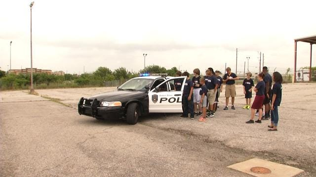 Broken Arrow Kids Experience Police Work At Junior Academy