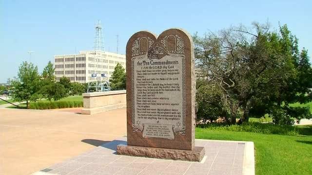 Oklahoma Lawmaker Files Amendment To Keep 10 Commandments At Capitol