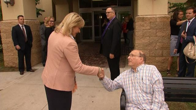 Fallin Impressed With Tulsa's Initiative To End Homelessness