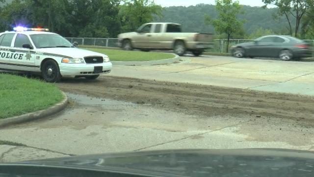 Dump Truck Leaves Trail Of Dirt On Tulsa's Riverside Drive