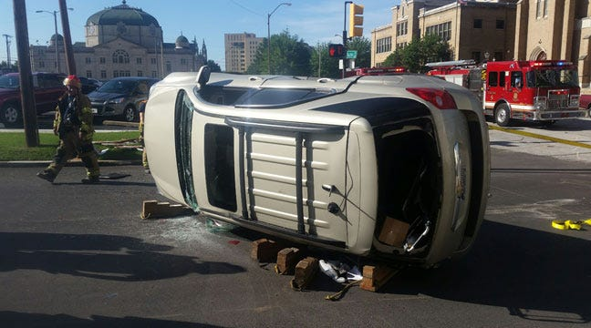 Woman Hurt In Rollover Wreck In Downtown Tulsa
