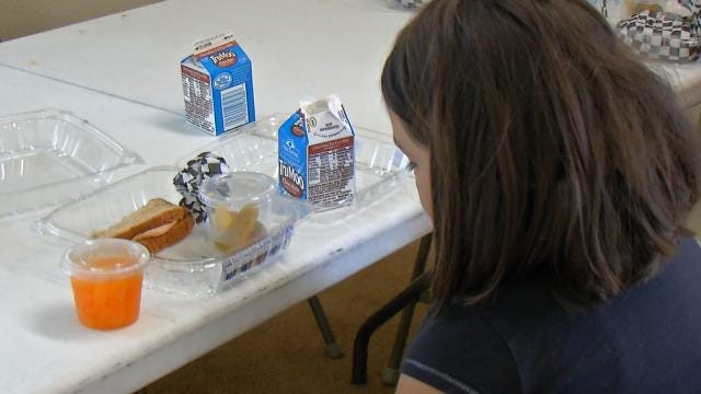 Summer Cafe Keeping Tulsa Children Full For The Season