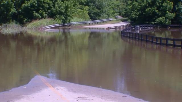 Flooding Continues Near Sapulpa's Polecat Creek