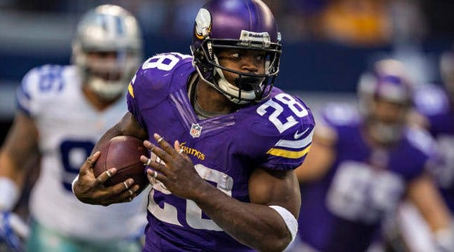 Adrian Peterson Returns To Practice After Child Abuse Charges