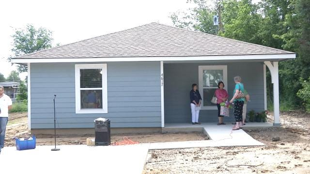 Habitat For Humanity Back To Work After Rain Slows Down Crews