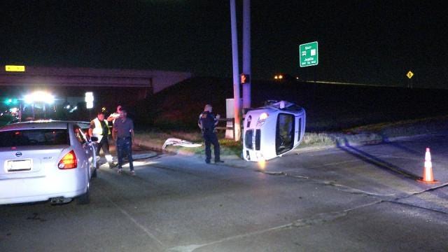 Tulsa Police Look For Driver In Hit-And-Run Wreck