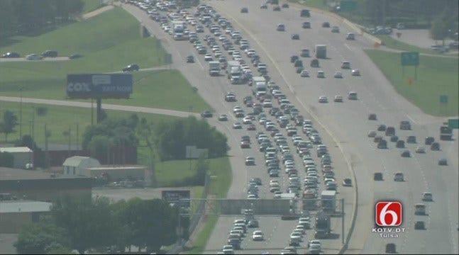 Crash Backs Up Traffic On BA Expressway Near Highway 169