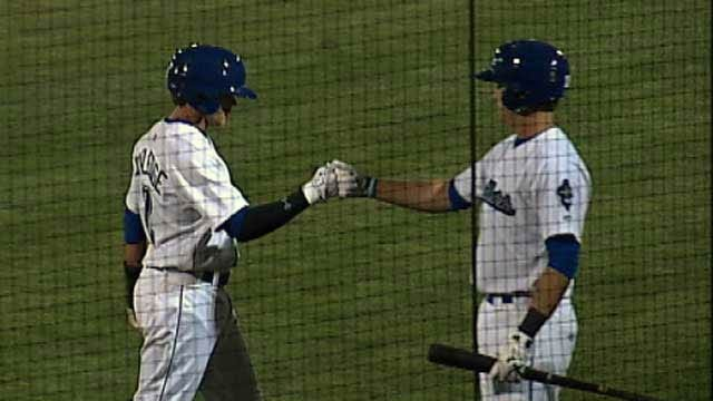 Bats Lead Drillers To Victory Over Cardinals