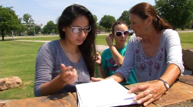 Cherokee Citizens Petitioning Compact Between Tribe, State